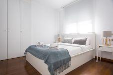 Apartamento en Barcelona - Olala Les Corts Exclusive 3BR Flat w/...