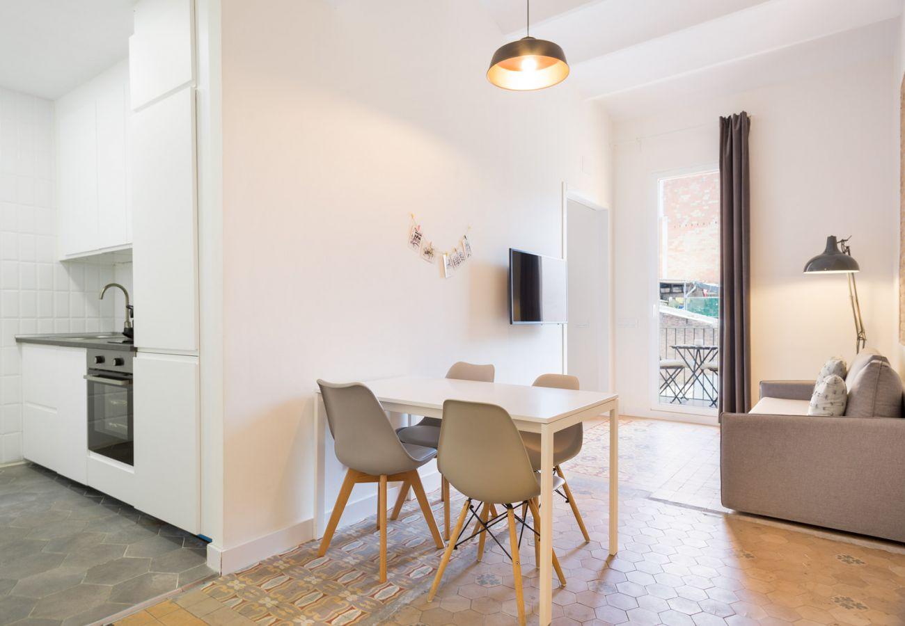 Apartamento en Hospitalet de Llobregat - Olala Design Apartment 3.2 | 10m Pl.España