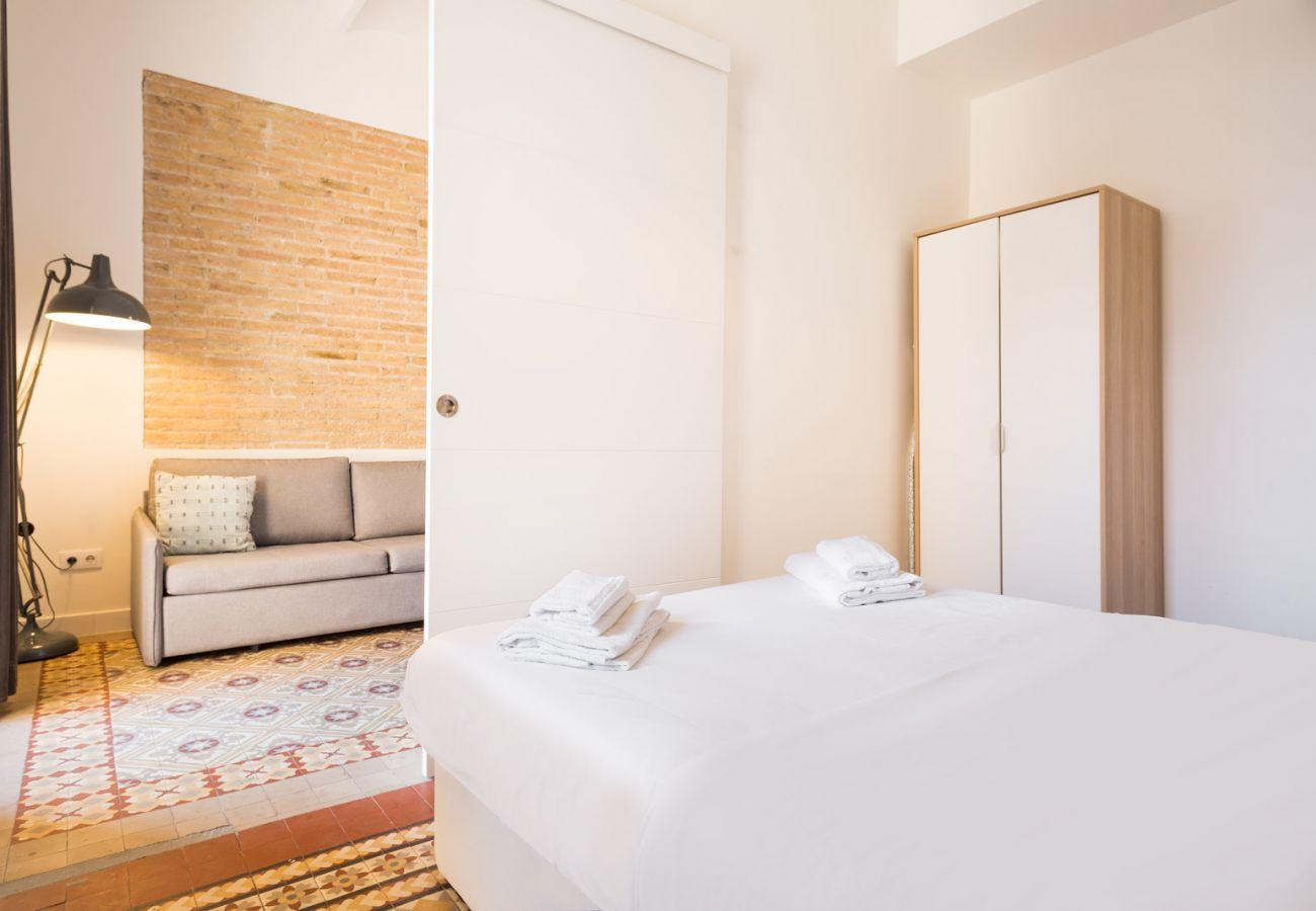 Apartamento en Hospitalet de Llobregat - Olala Design Apartment 3.3 | 10m Pl.España