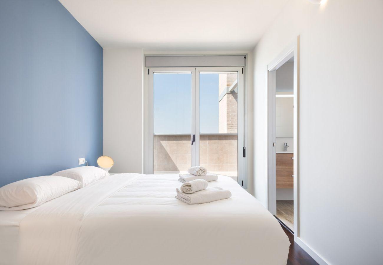 Apartamento en Sant Adria de Besós - Olala Port Forum Apartment 6.1