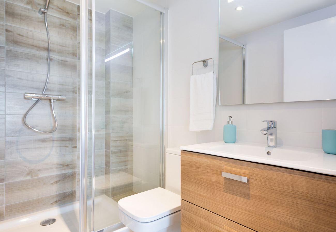 Apartamento en Sant Adria de Besós - Olala Port Forum Apartment 1.2