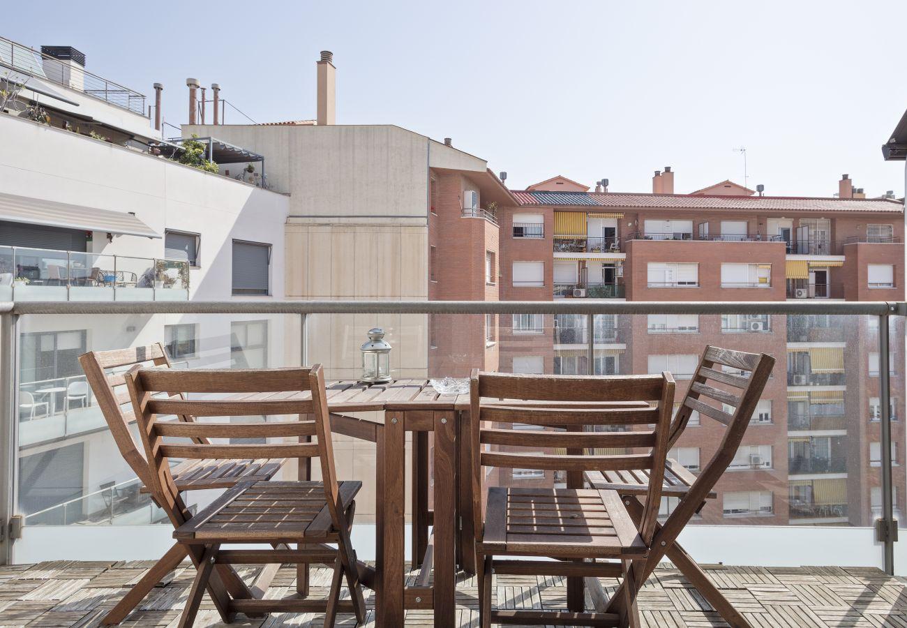 Apartamento en Barcelona - Exclusive Les Corts 2BR 6.4 Apartment w/Balcony