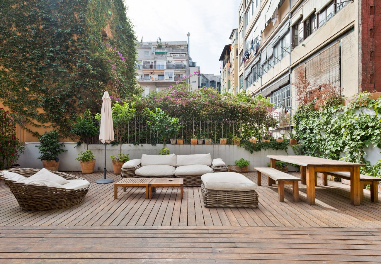 Apartamento en Barcelona - Eixample Luxury 2BR APT With Private Terrace
