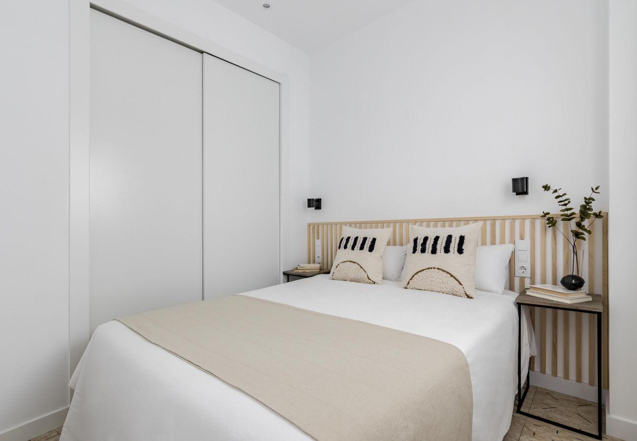 Apartamento en Madrid - Olala Maderas Apartment Bajos