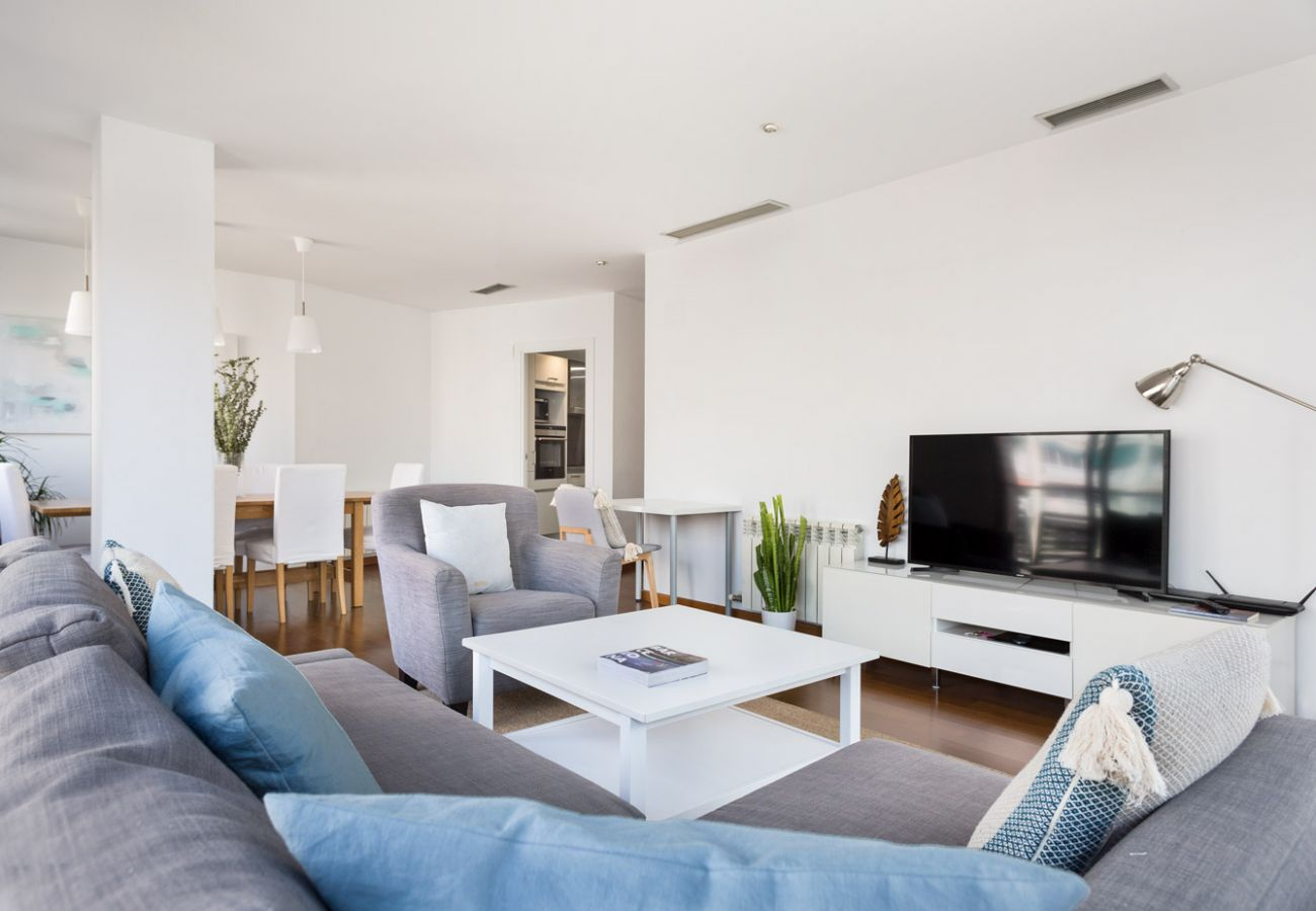 Appartement à Barcelone - Olala Les Corts Exclusive 3BR Flat w/ terrace