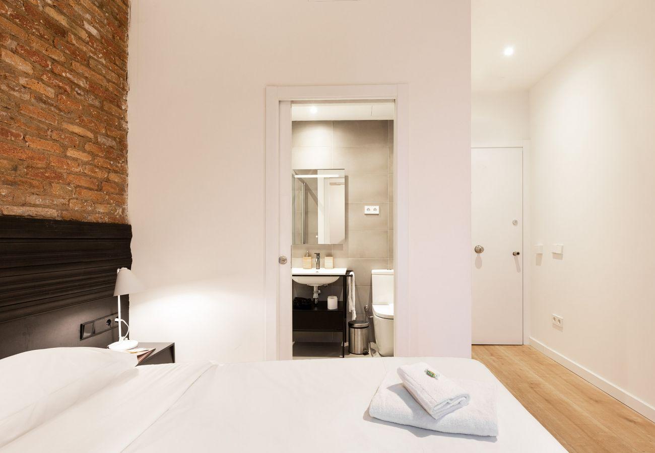 Chambres d'hôtes à Hospitalet de Llobregat - Olala Mini Hotel 2   18 min. Camp Nou