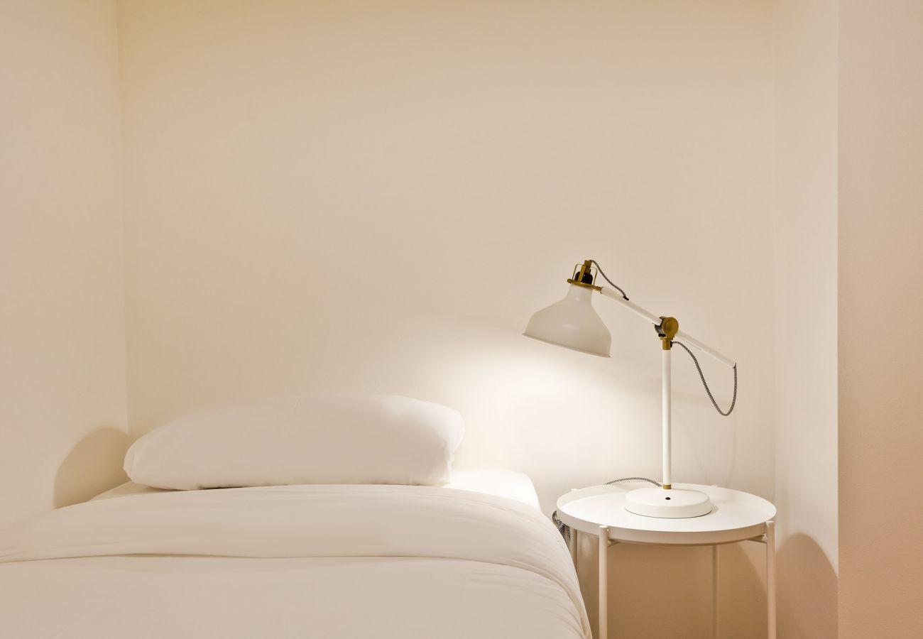 Appartement à Hospitalet de Llobregat - Olala Santiago Apartment 2.3 | 16 min. Pl. España