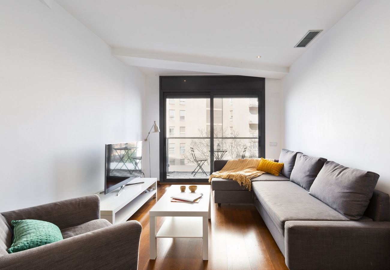 Appartement à Barcelone - Exclusive Les Corts 2BR 4.9 Apartment w/Balcony