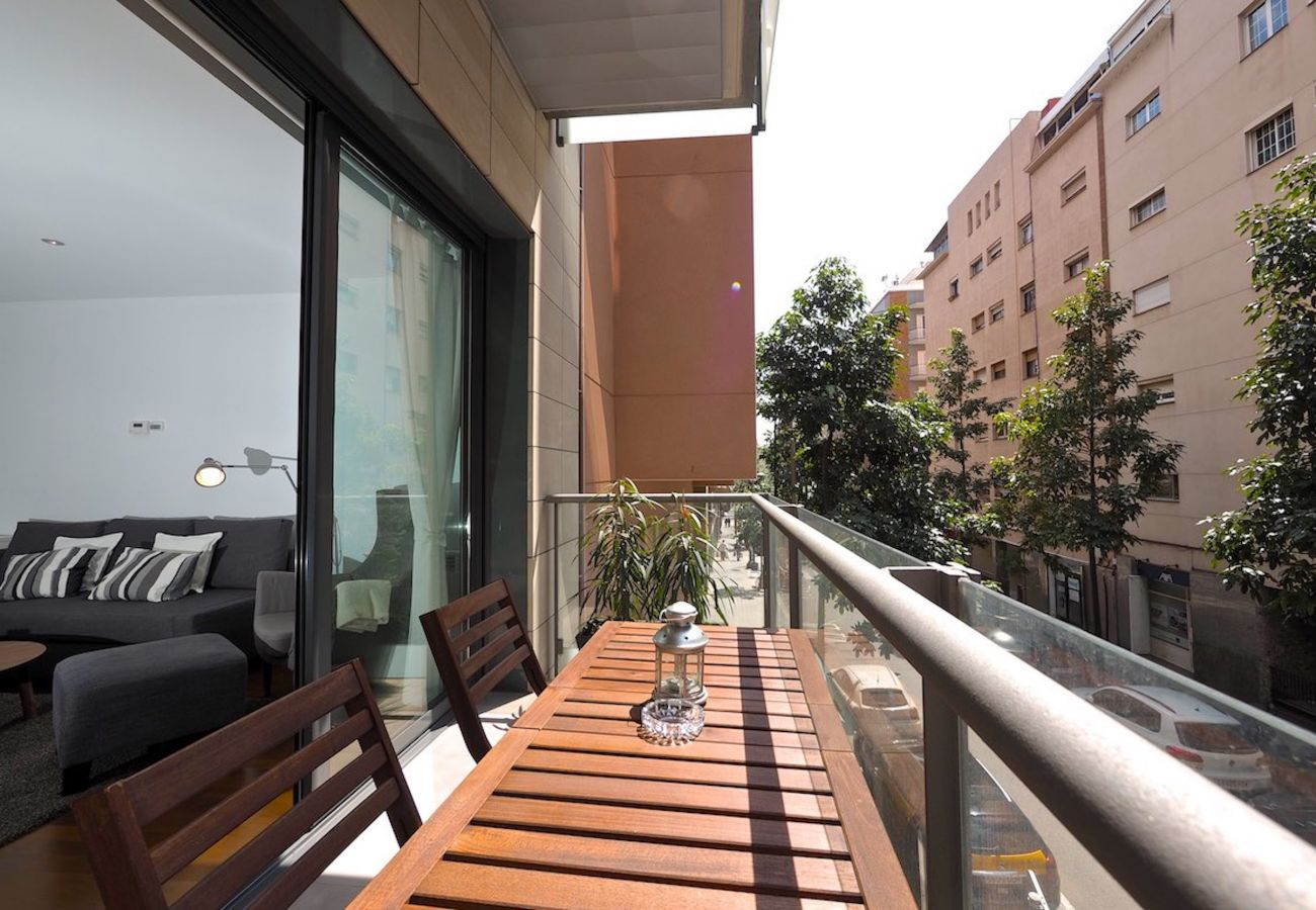 Apartment in Barcelona - Olala Les Corts Exclusive 2BR Flat w/ balcony