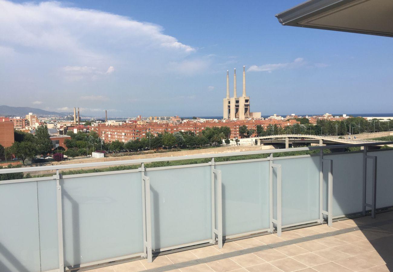 Apartment in Sant Adria de Besós - Olala Port Forum Sea View Penthouse
