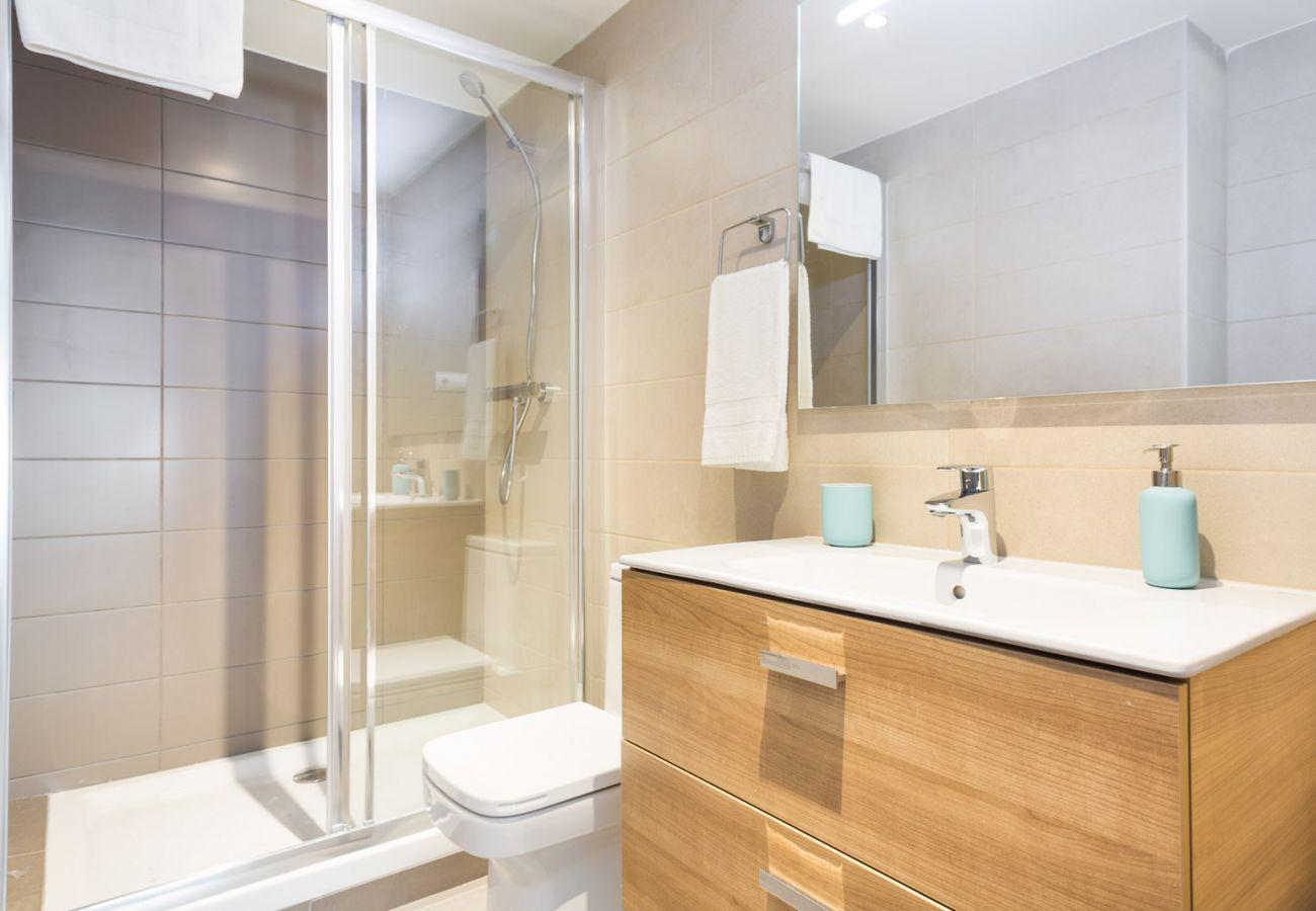 Apartment in Sant Adria de Besós - Olala Port Forum Apartment 2.3