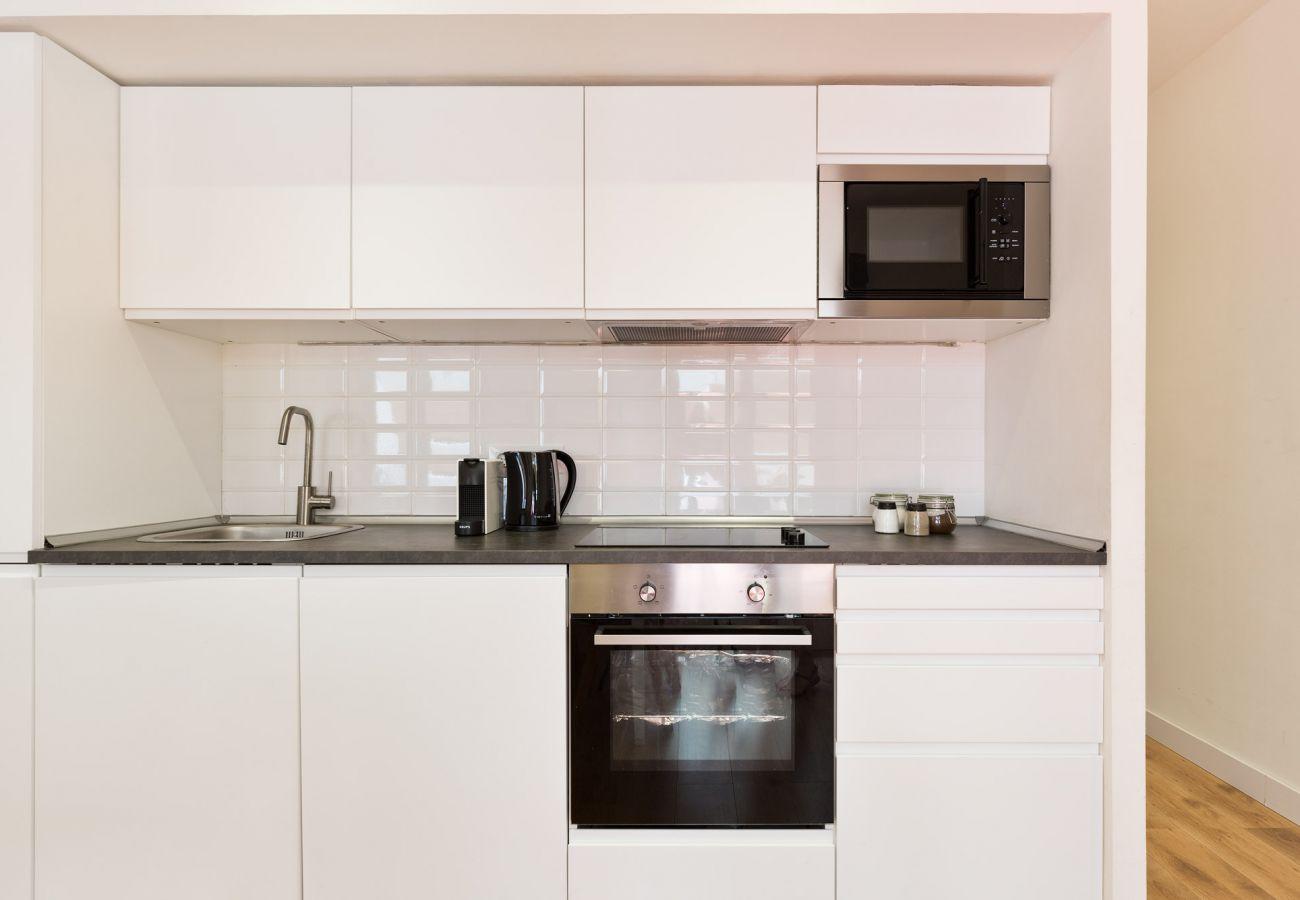 Apartment in Hospitalet de Llobregat - Olala Urban Chill Flat ENT4 I Balcony