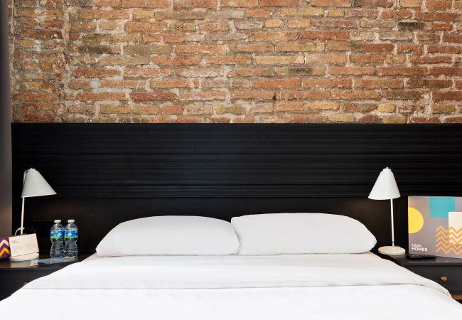 in Hospitalet de Llobregat - Olala Mini Hotel 3 | 18 min. Camp Nou