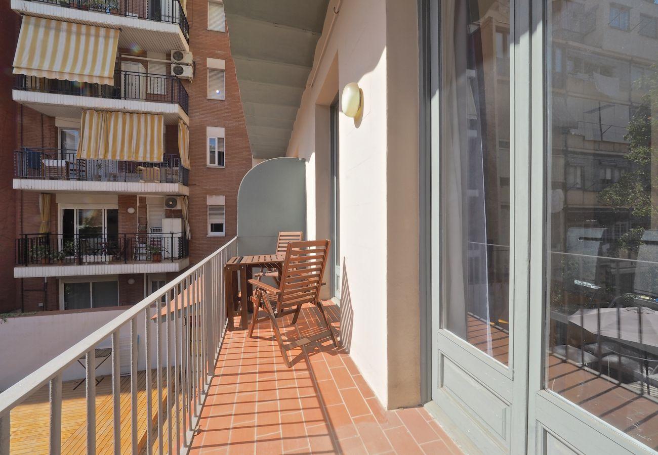Apartment in Barcelona - Eixample Center 1BR Apartment