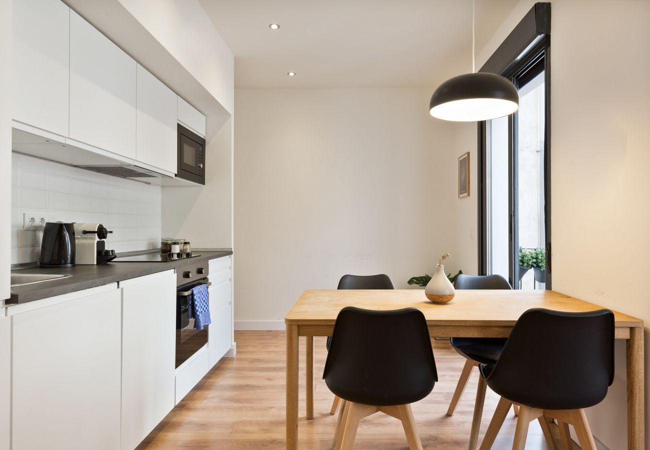 Apartment in Hospitalet de Llobregat - Olala Urban Chill Flat 2.4 I Balcony