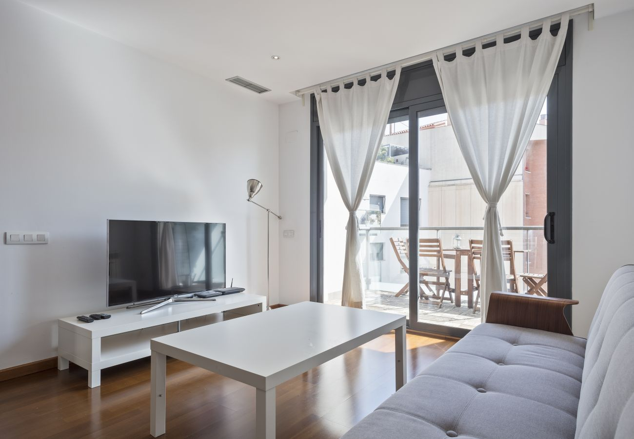 Apartment in Barcelona - Exclusive Les Corts 2BR 6.4 Apartment w/Balcony