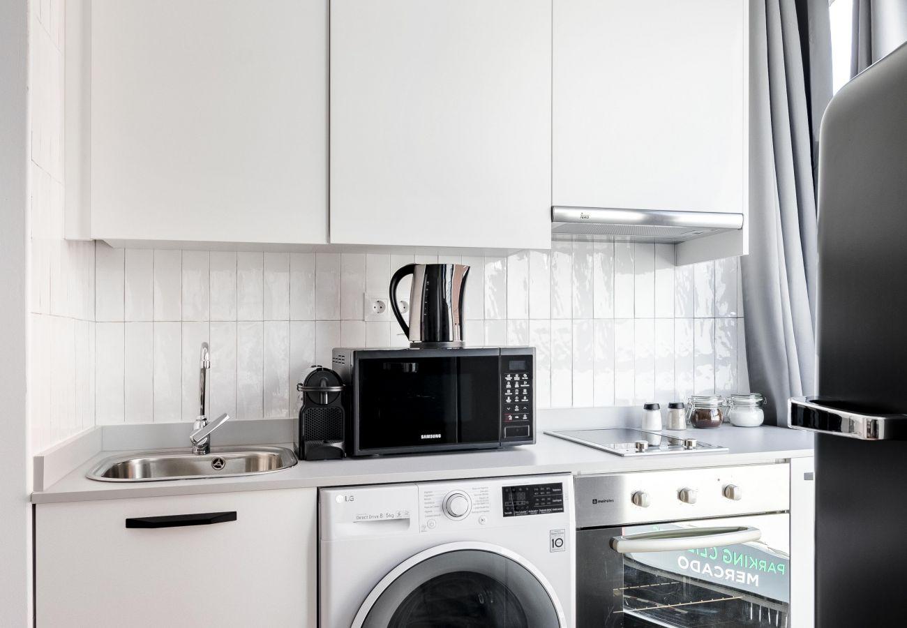 Apartment in Madrid - Olala Color Apartment 1B