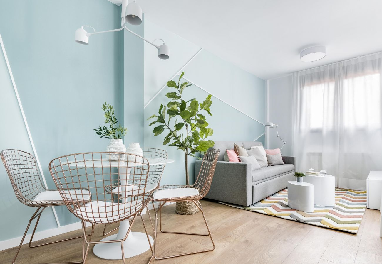 Apartment in Madrid - Olala Color Apartment 3 with Terrace