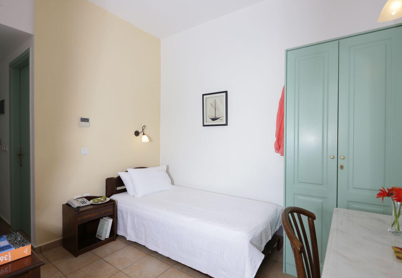 Rent by room in Finikas - Olala Brazzera Hotel - Single Room w/ Garden View